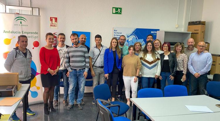 visita virginia fernández, delegada de Empleo de la Junta de Andalucía,CADE Motril