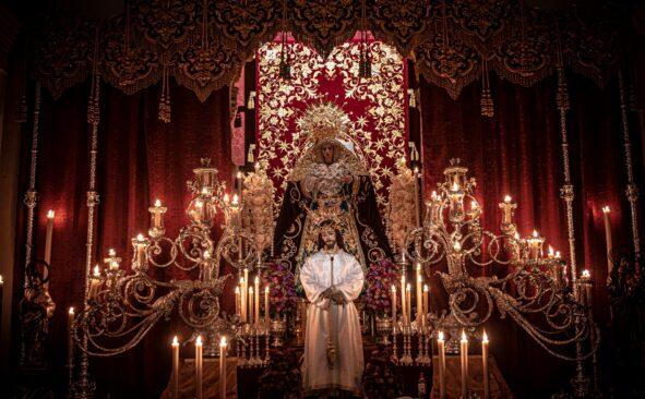 La impresionante galería de imágenes de los altares de Semana Santa de Kike Cofrade